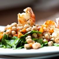 aprikosen kichererbsen salat garnele