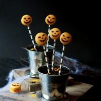 Halloween Kürbis Macarons Cake Pops