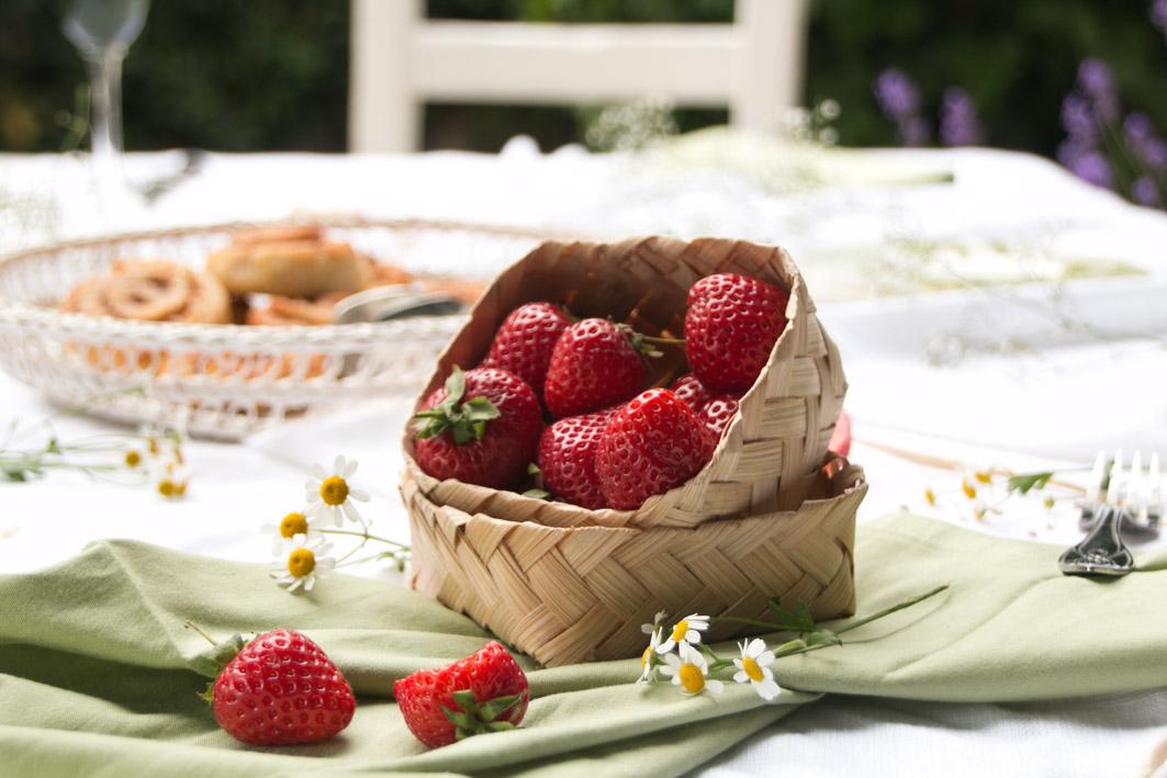 mittsommer erdbeeren