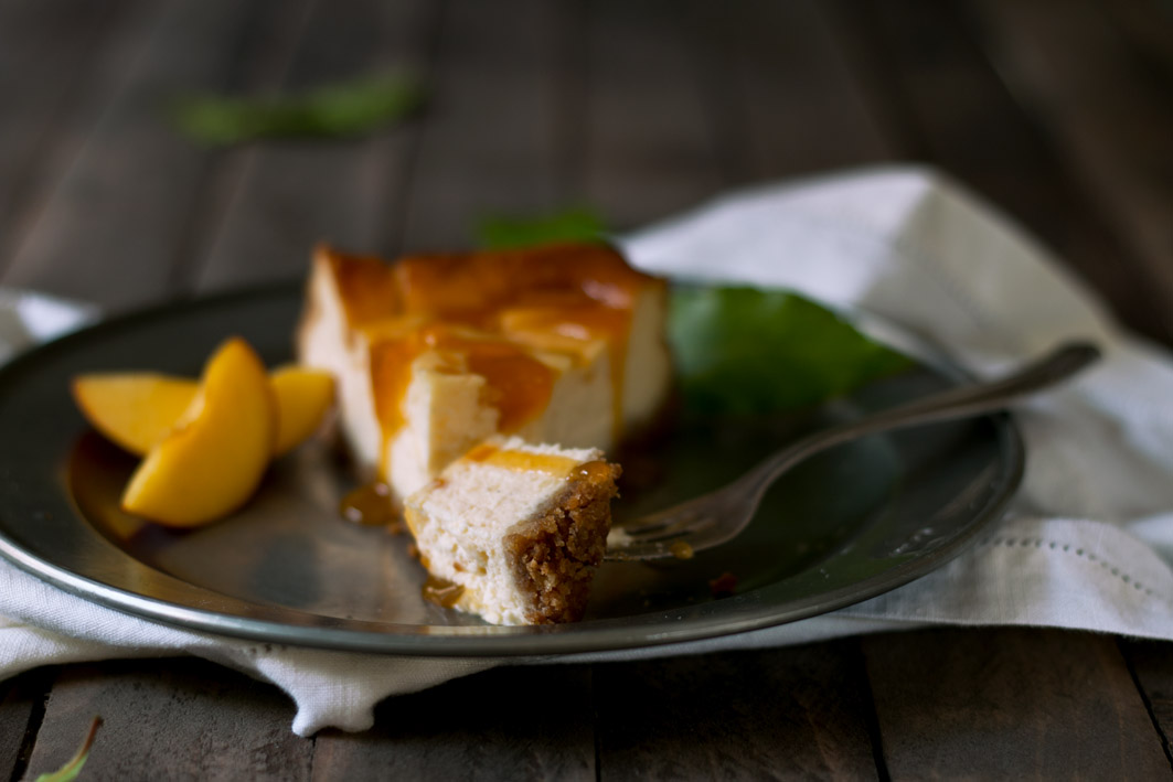 marillen cheesecake gabel