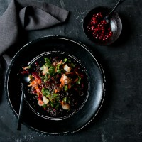 gesunder-quinoa-salat-foodlovin