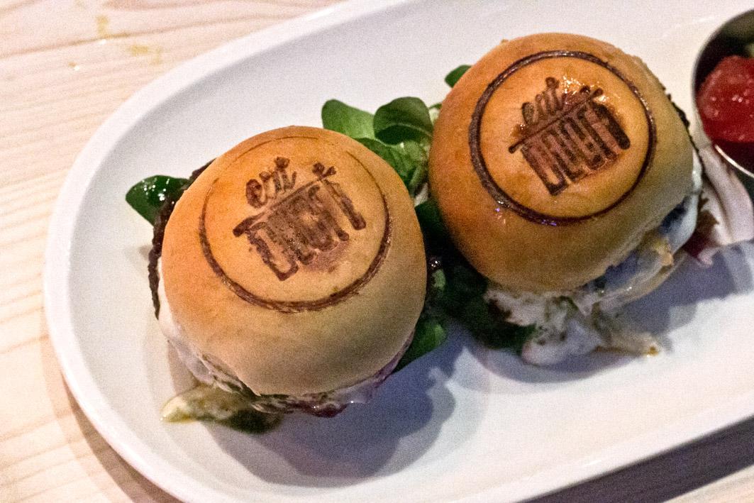 eat doori burger
