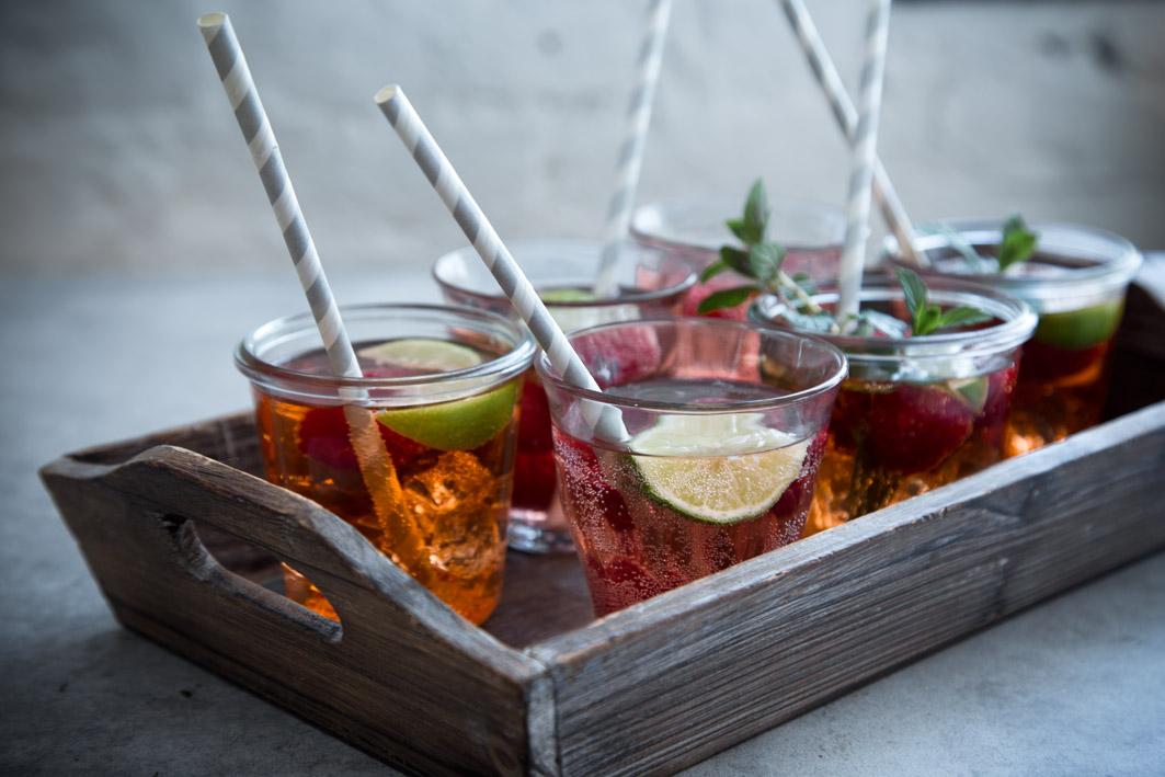 rhabarber aperol cocktail