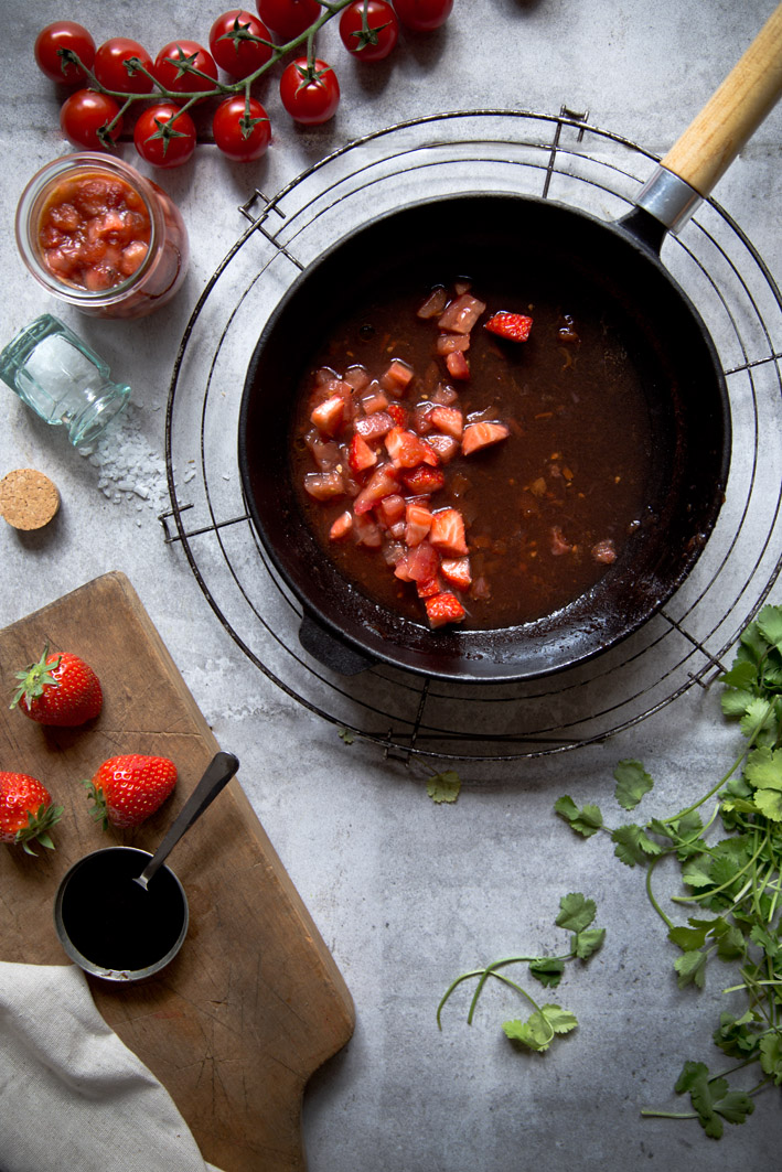 Erdbeere tomaten chutney