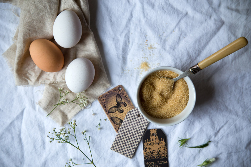 eier und zucker für creme brulee