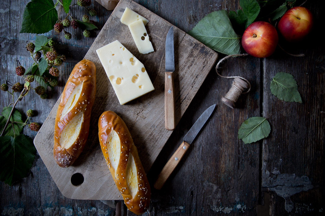 laugenstangen mit käse