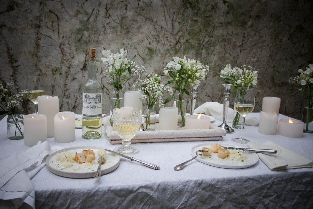 white dinner tisch