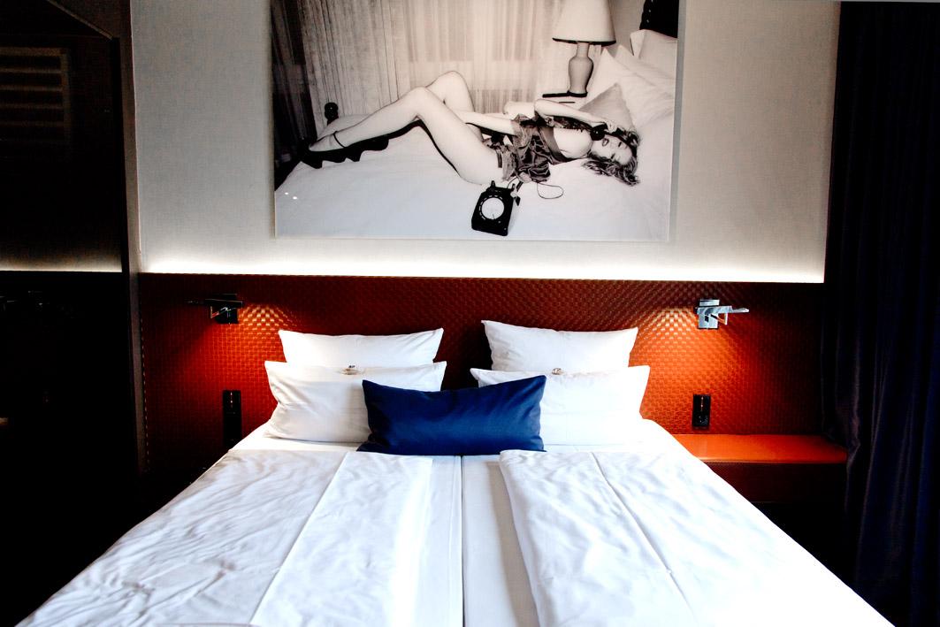bett im hotel mani berlin