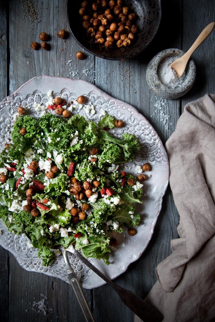 Superfood Grünkohlsalat mit Gojibeeren