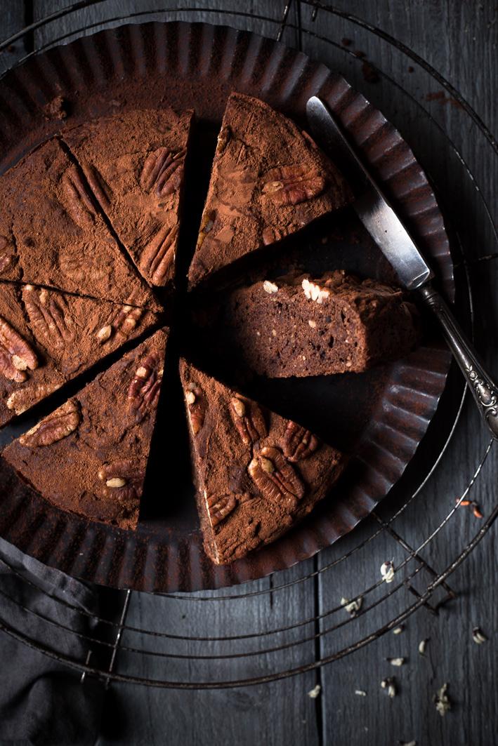 schokoladen dattel kuchen ohne zucker foodlovin 39. Black Bedroom Furniture Sets. Home Design Ideas