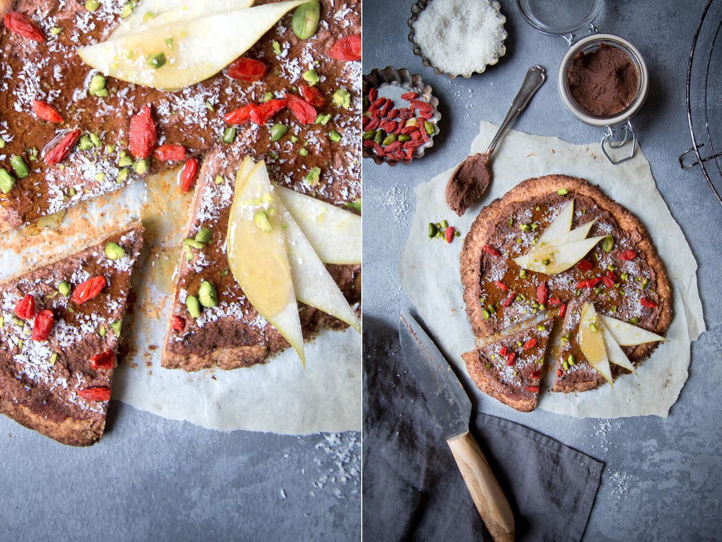 Süße Pizza mit Nusscreme und Keksboden