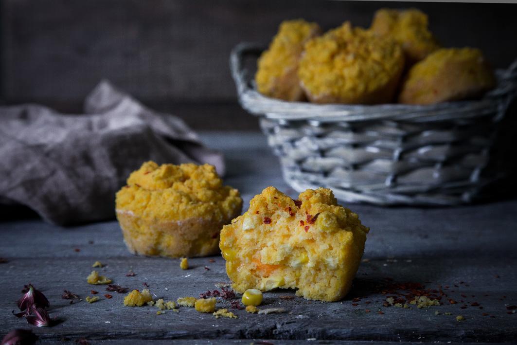 Herzhafte Maismuffins