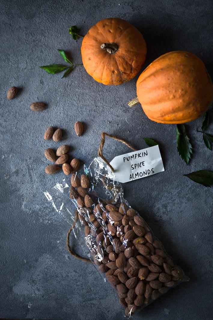 Selbst geröstete Pumpkin Spice Mandeln