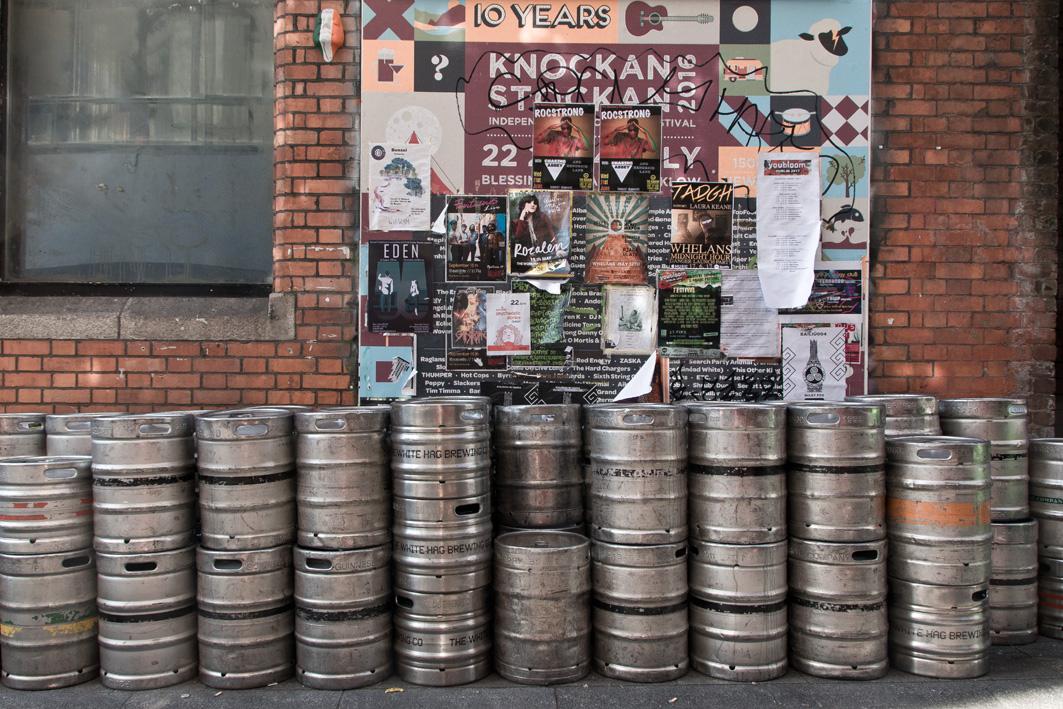 Bierfässer in Dublin