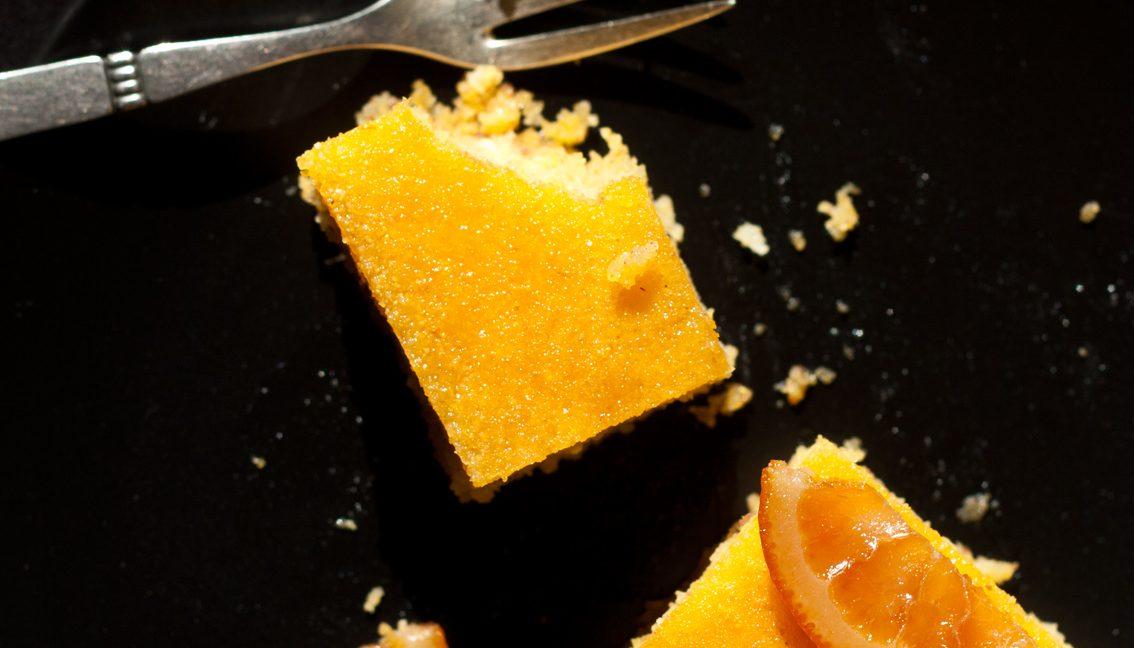 Versüß' dir den Montag: mit Orangen-Grieß-Kuchen