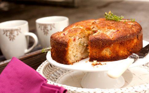Rhabarberverrückt nach Rhabarber-Mandel-Kuchen