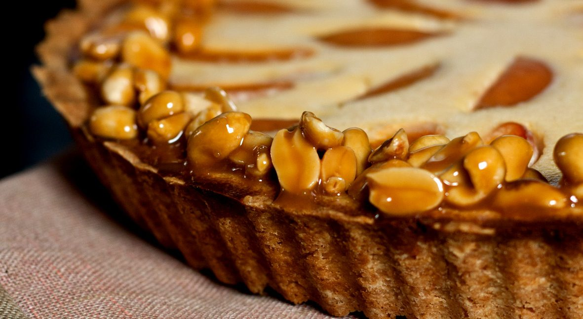 Versüß' dir den Montag: mit Aprikosen-Erduss-Tarte