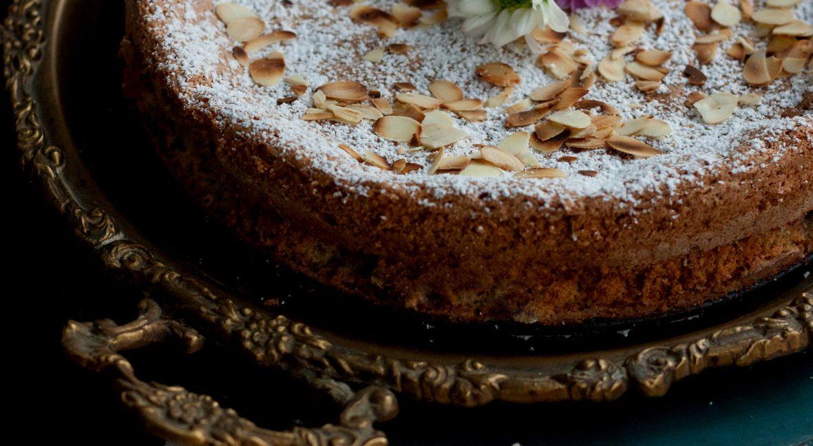 Versüß' dir den Montag: mit mallorquinischem Mandelkuchen