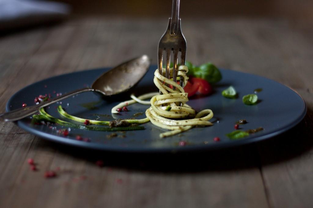zucchini-spaghetti-salbeipesto-4