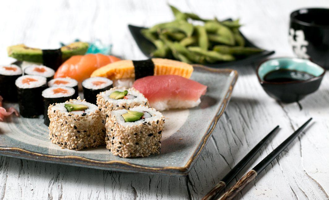 sushi bestellen in d sseldorf foodlovin 39. Black Bedroom Furniture Sets. Home Design Ideas