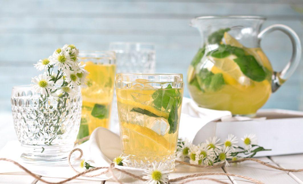 limoncello prosecco spritz