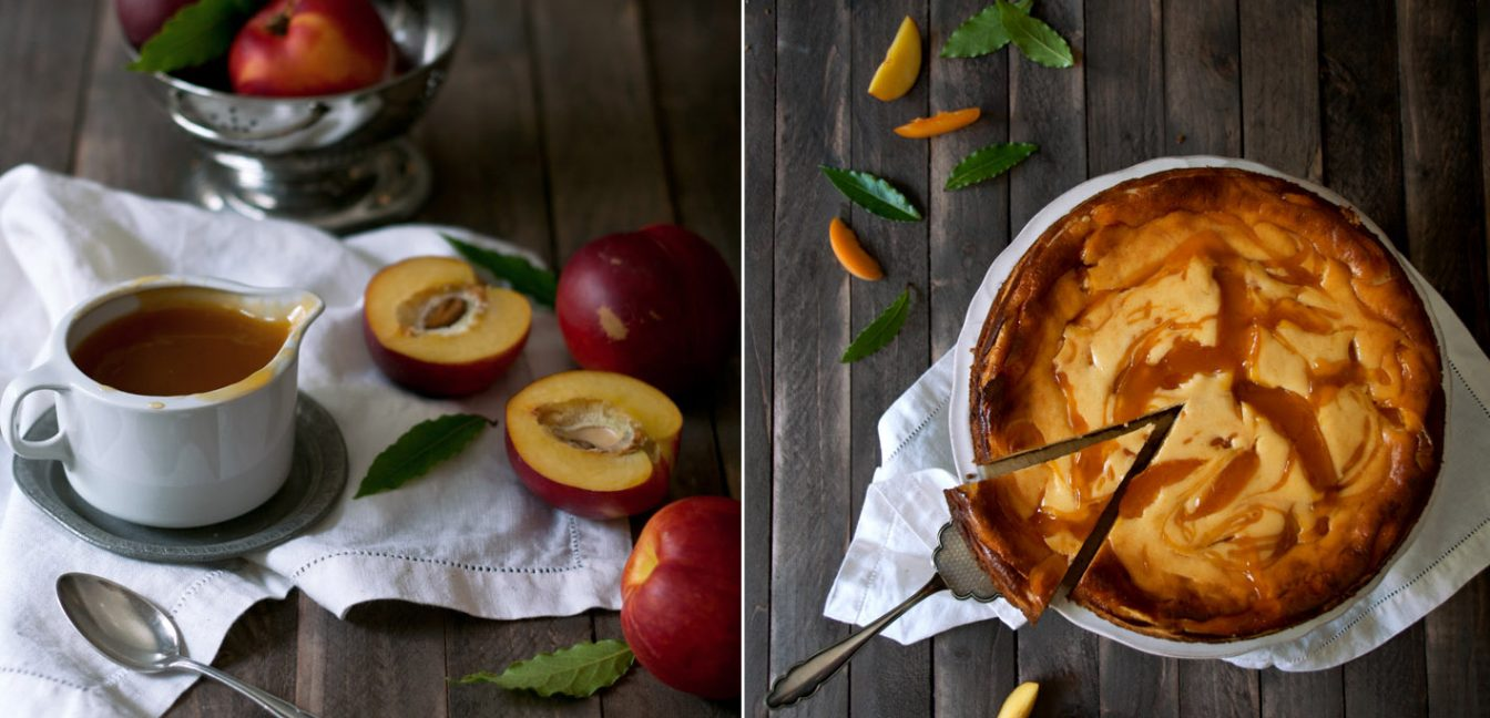 Cheesecake mit Aprikosensauce.