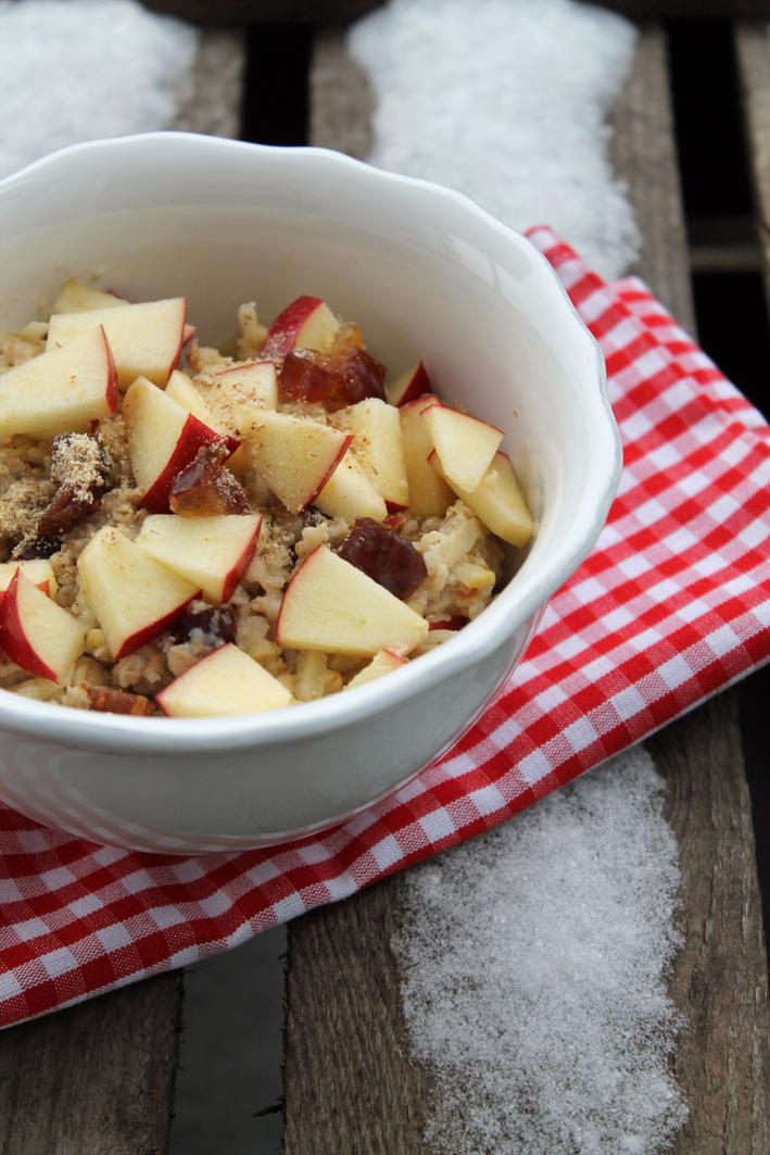 Wärmender Apfel-Porridge-gesund
