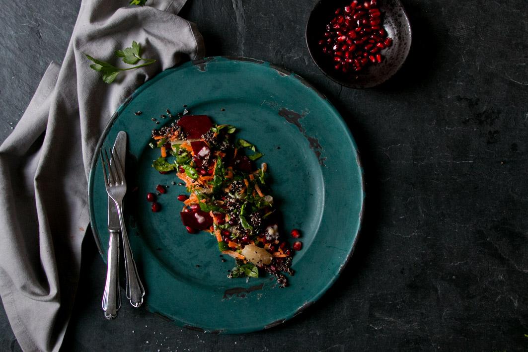 quinoa-salat-moehren-spinat