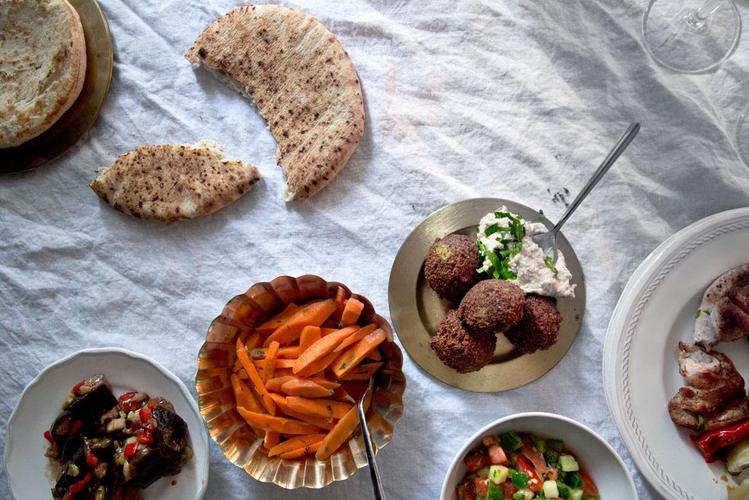 israelisches essen bestellen deliveroo