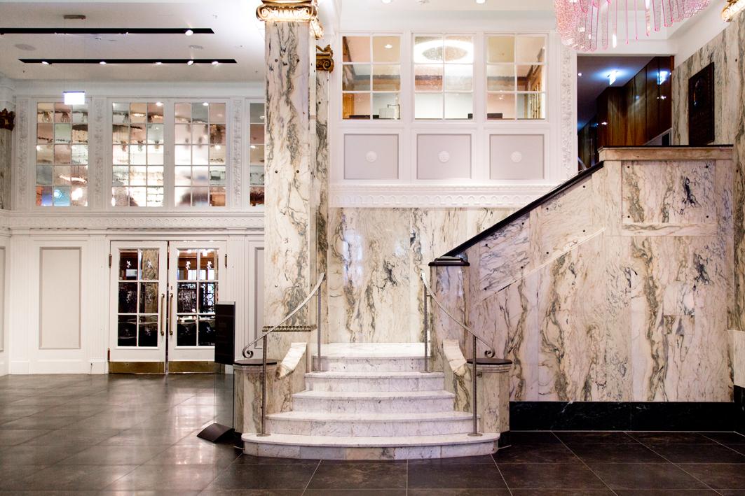 treppenaufgang hotel reichshof