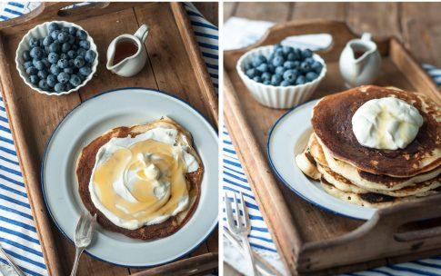 Urlaubserinnerung: Pancakes mit griechischem Joghurt.