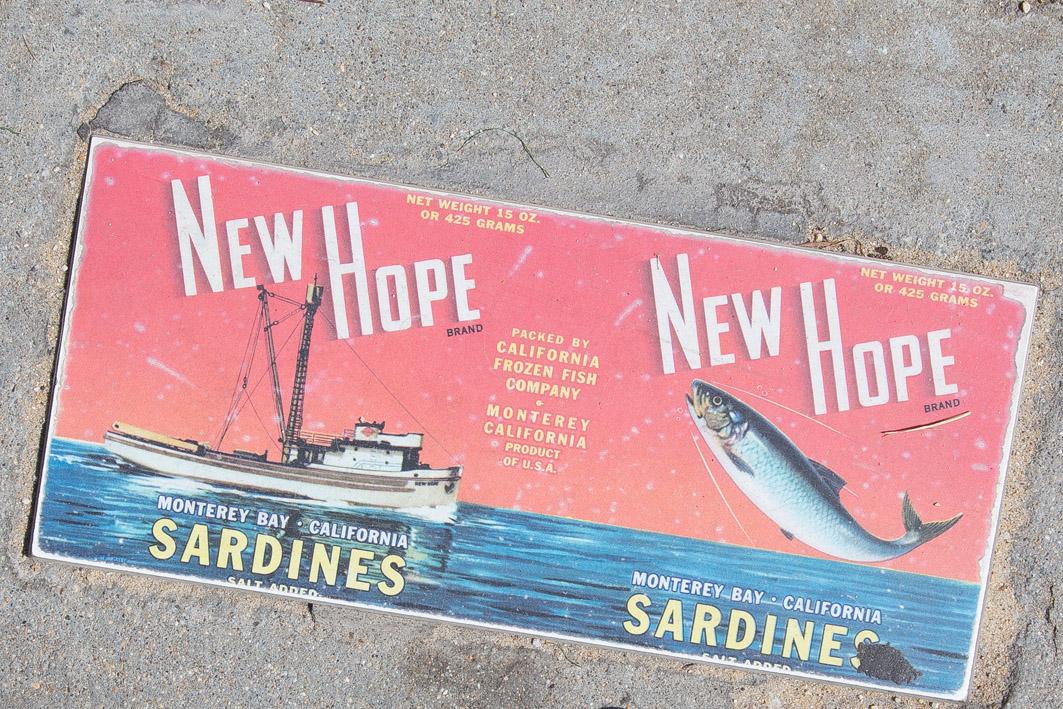 sardinen schild monterey