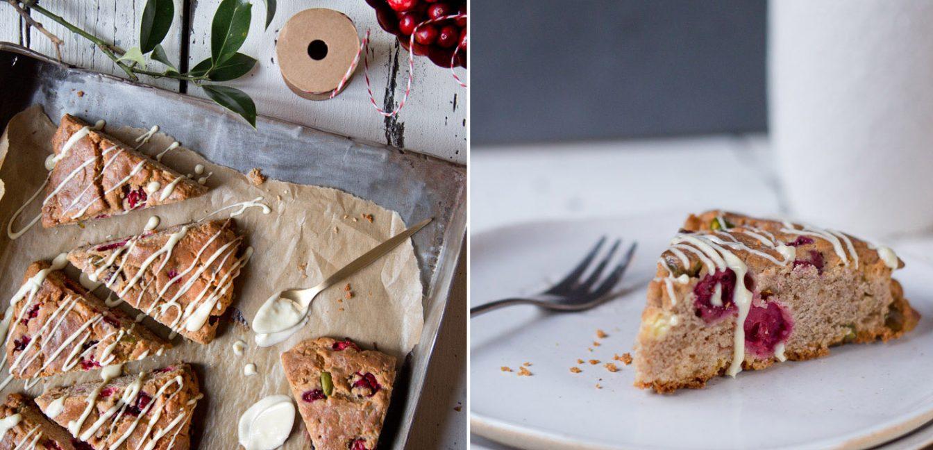 Christmas Scones – Buchweizenscones mit Cranberries, Pistazien und weißer Schokolade.