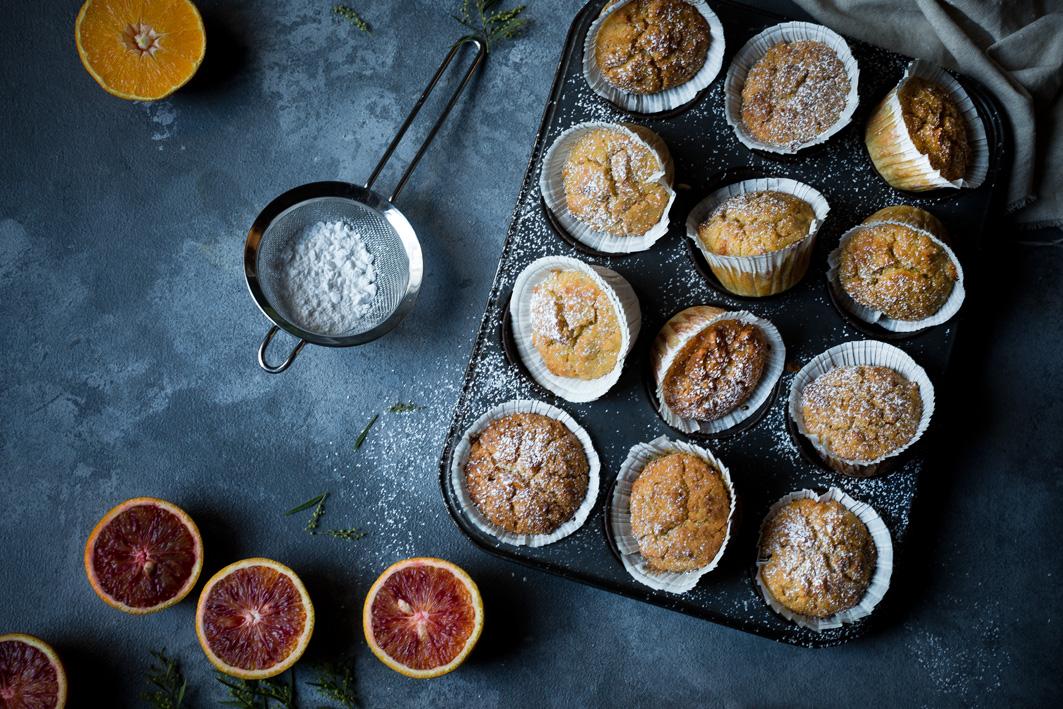 Saftige Muffins mit Joghurt und Orange