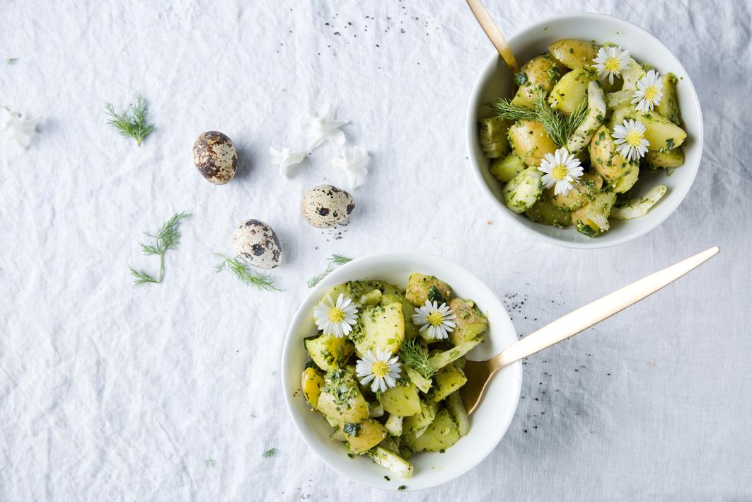 Grüner Kartoffelsalat mit Mangoldpesto