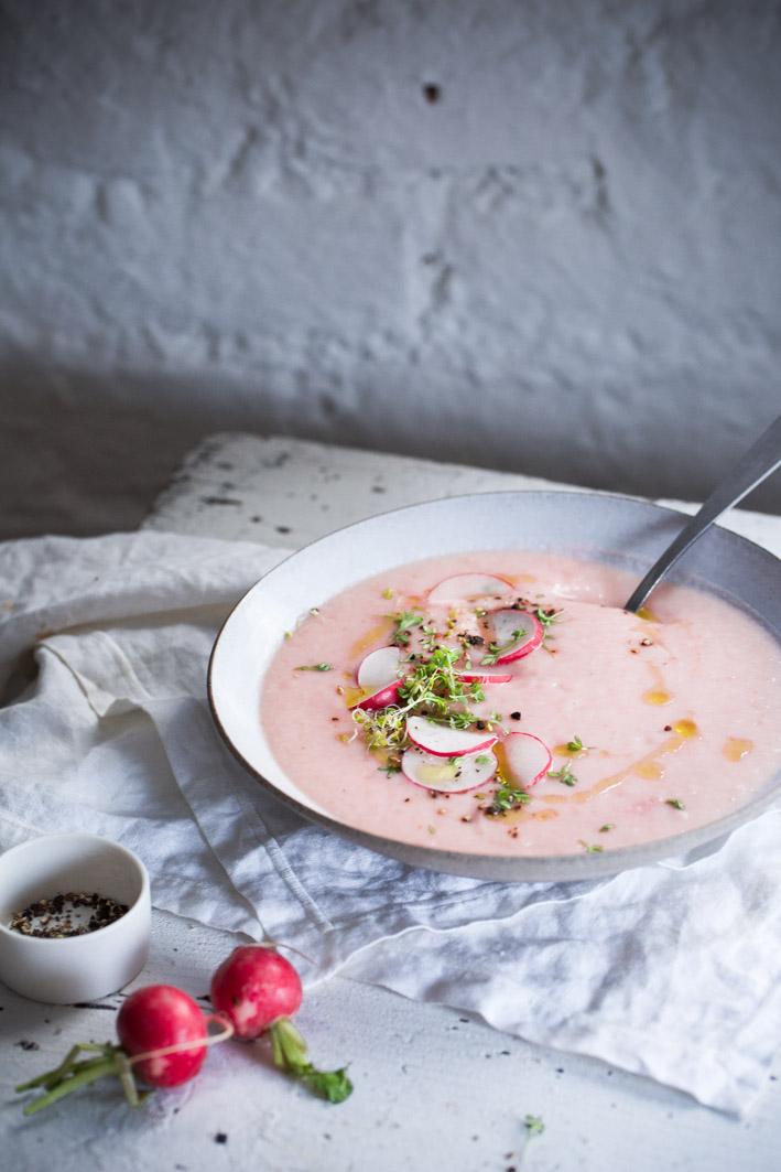Radieschensuppe mit Kresse