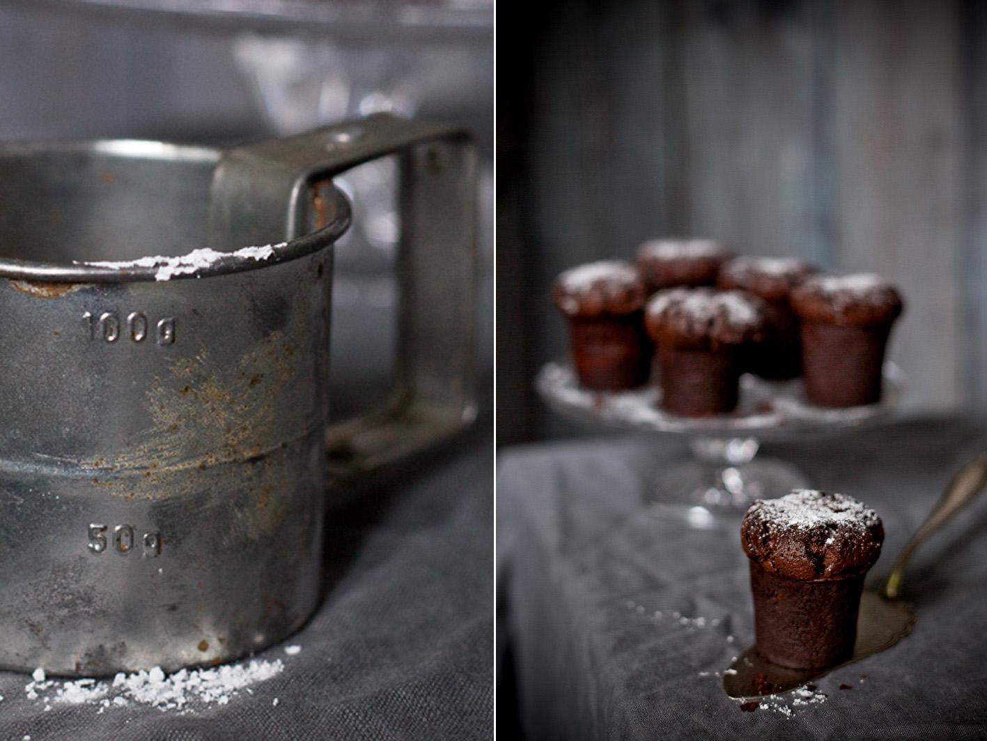 Schokoladen Bouchons mit Puderzucker