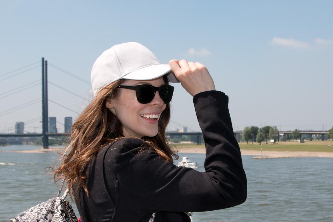 Denise in Düsseldorf am Rhein