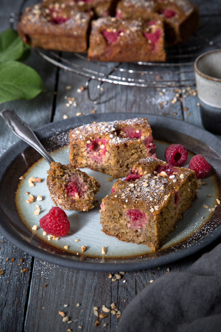 Glutenfreier Haselnuss Himbeer Kuchen
