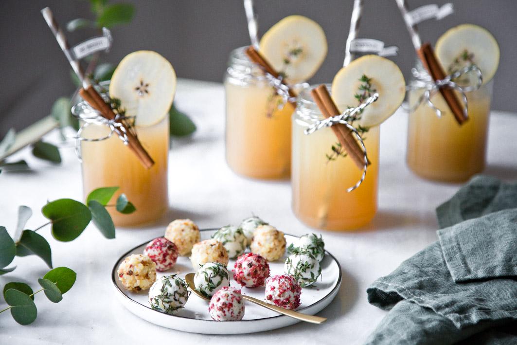 lillet winter thyme ein weihnachtlicher drink foodlovin 39. Black Bedroom Furniture Sets. Home Design Ideas