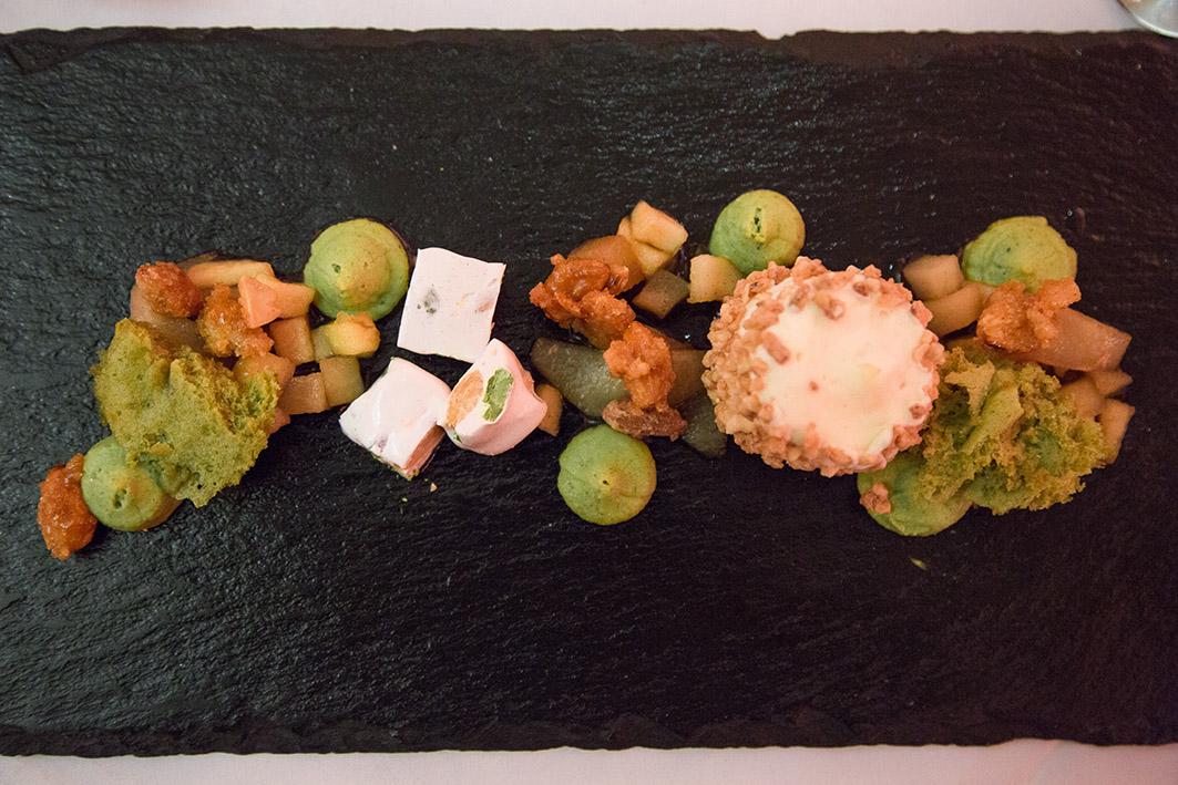 Dessert Mandelparfait