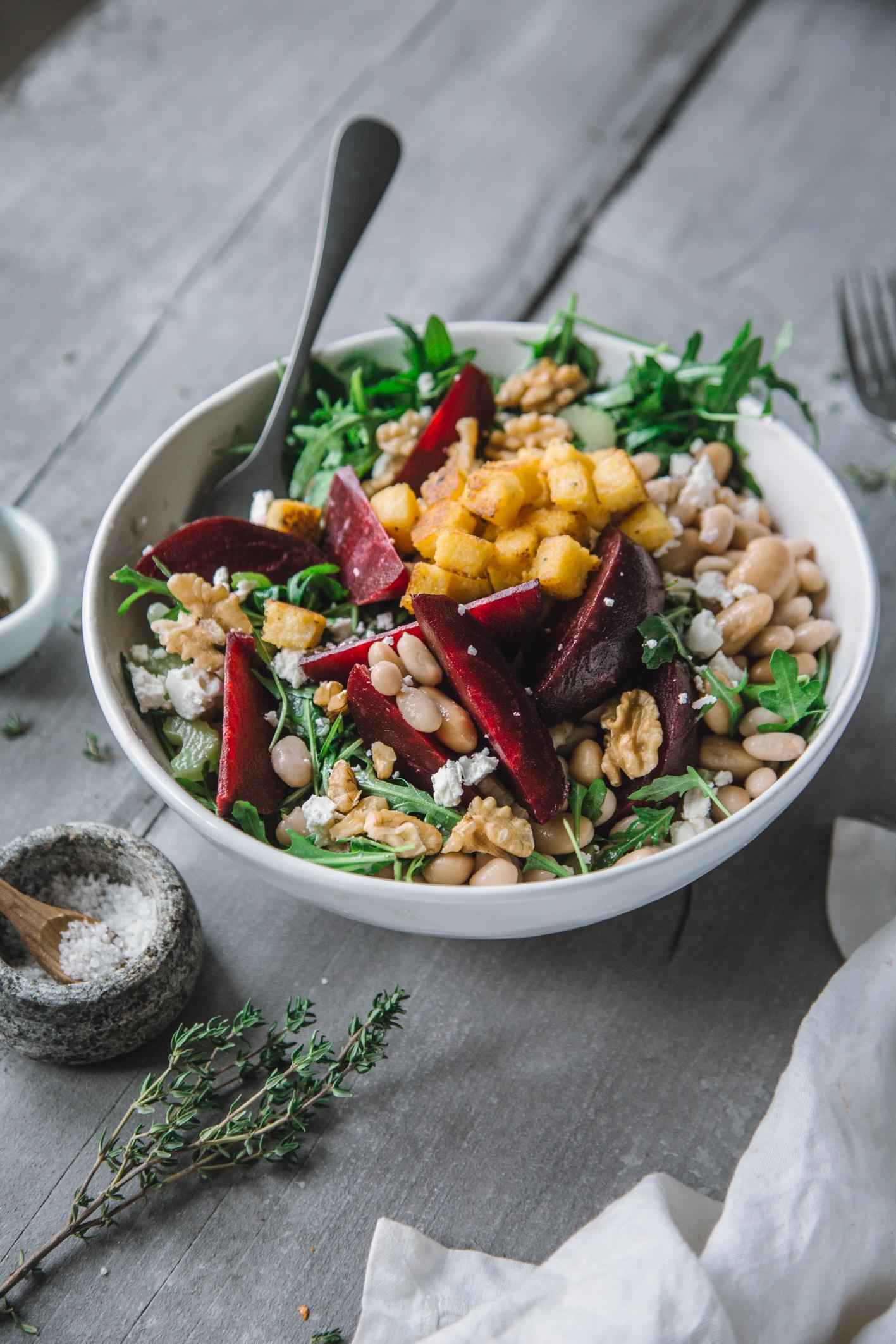 Rote Bete Salat mit Walnüssen und Feta
