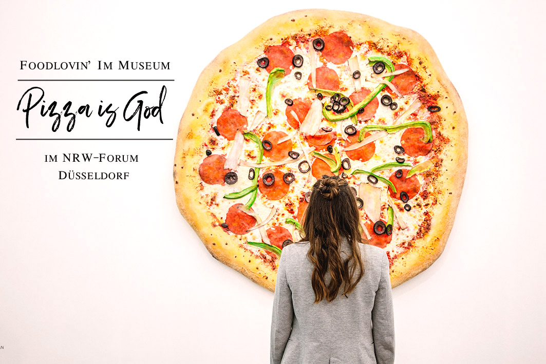 Pizza is God im NRW Forum Düsseldorf