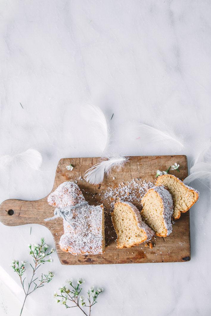 Rezept für ein gebackenes Osterlamm aus gesunden Zutaten
