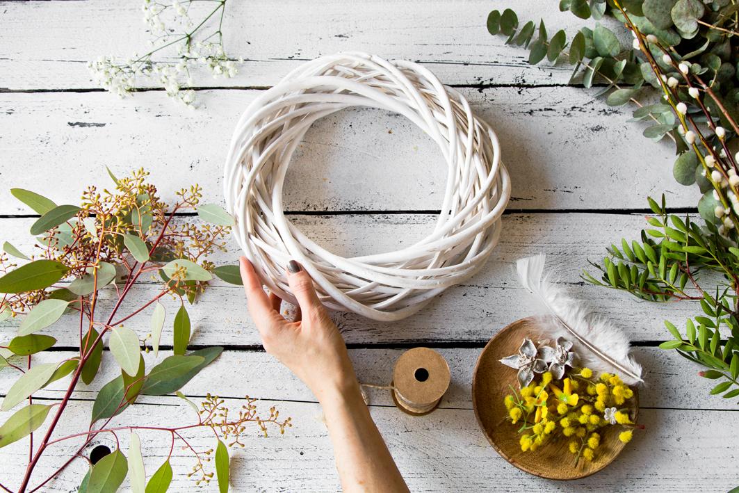 Material für einen DIY-Osterkranz