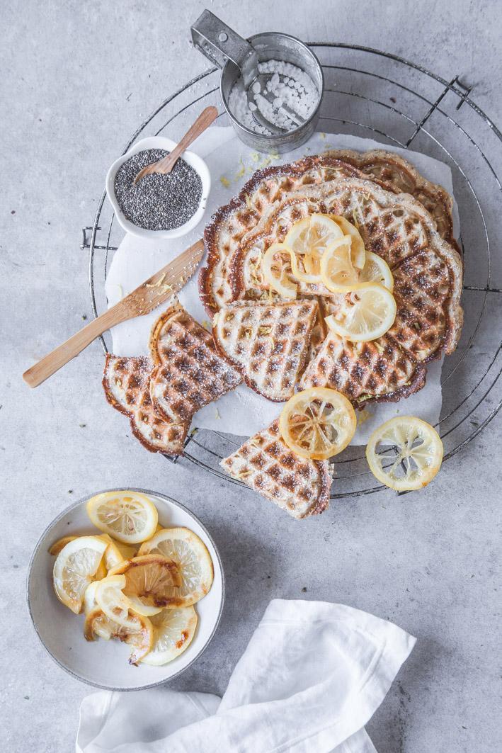 Zitronenwaffeln aus gesunden Zutaten mit Chiasamen