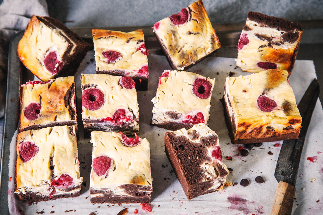 Gesunde Raspberry Cheesecake Brownies