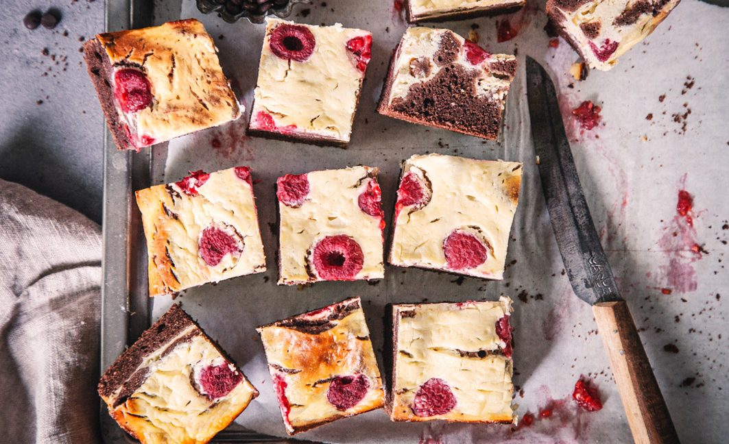 Gesunde Raspberry-Cheesecake-Brownies