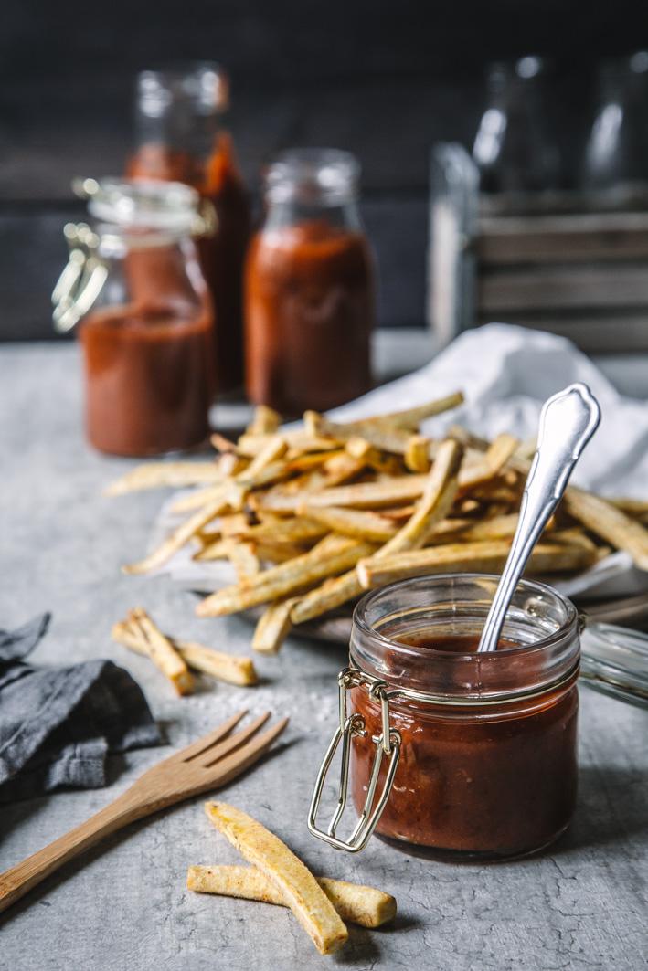 Gesunder Ketchup mit Trockenpflaumen (ohne Zucker)