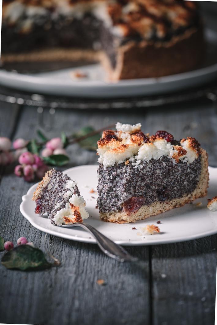 Mohnkuchen aus gesunden Zutaten mit Kokosstreuseln
